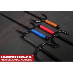 SAI KAMIKAZE PROFESSIONAL KOBUDO, en fer forgé massif, octogonal, poignée en corde, vendu par paire