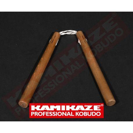 Nunchaku KAMIKAZE PROFESSIONAL KOBUDO aus Eiche, rund mit 3-fach Kordel, handgefertigt
