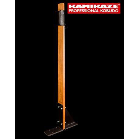 MAKIWARA KAMIKAZE PROFESSIONAL complet pour fixation au SOL, bois et coussin de frappe