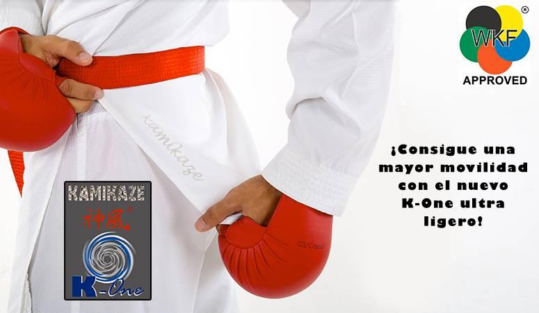 Karategui Kamikaze modelo K-One-WKF